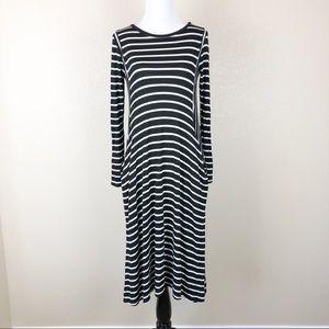 REBORN J Striped Long Sleeves Pocket Maxi Dress